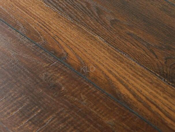 Model:389-13 Antique Laminated Flooring